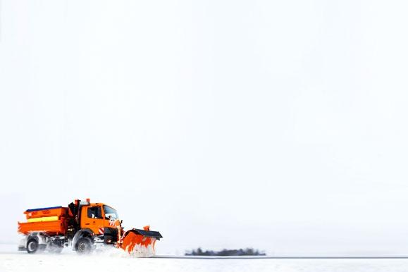 Fotojournalist - Winterdienst im Schneechaos